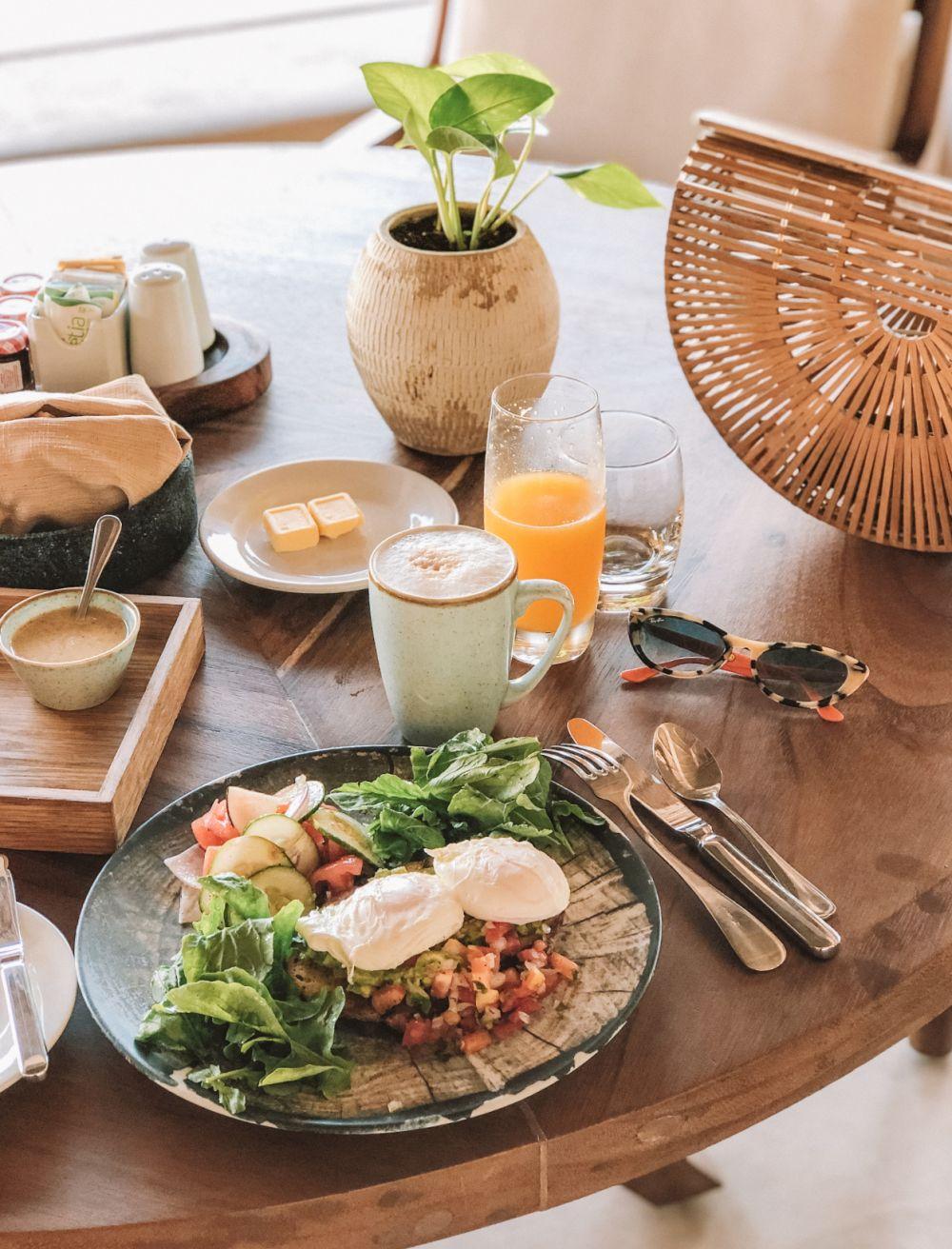 Pacifico Beach Club breakfast