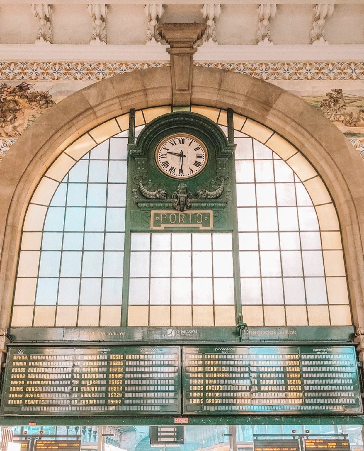 porto station clock